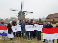 Luar Biasa ! Di Depan Kincir Angin, Muslim Indonesia di Belanda Dukung Aksi 112