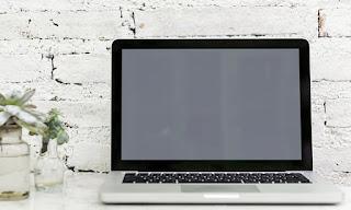 Cara Mengatasi Laptop Blank Hitam Tapi Hidup