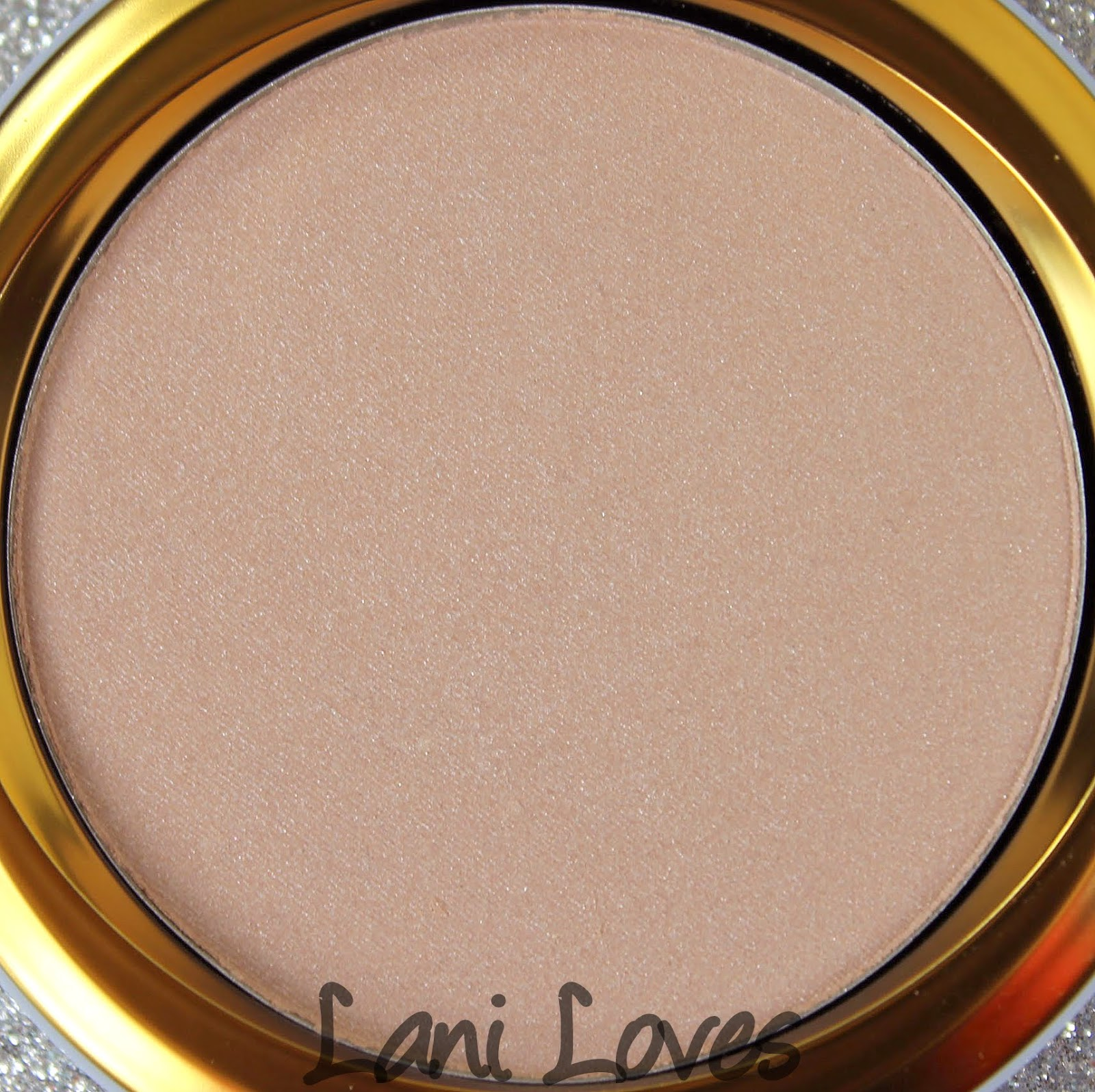 MAC Monday: Cinderella - Mystery Princess Beauty Powder Swatches & Review