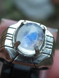 cincin batu biduri laut