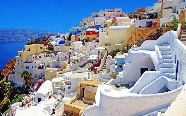 Passeio romântico pelas ruas de Oia, Santorini