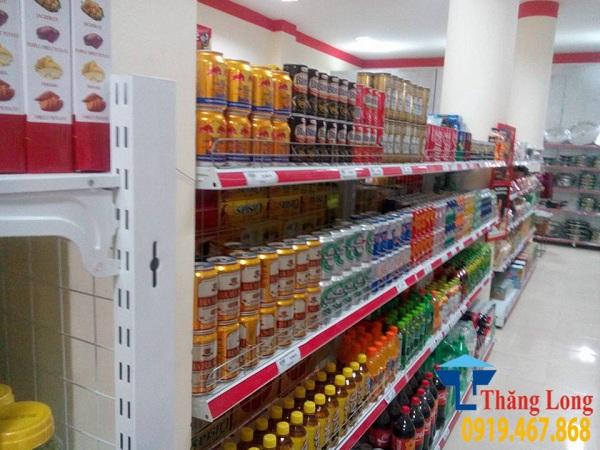 Giá kệ siêu thị trưng bày nước giải khát