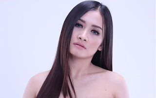 Foto hot Lia Trio Macan