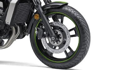 Kawasaki Vulcan S ABS cafe front tyre