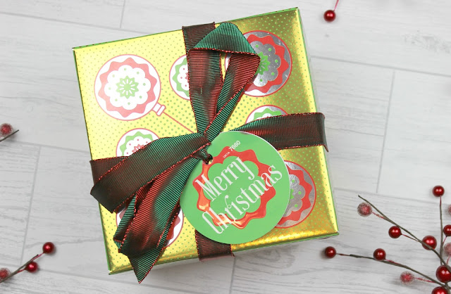 A review of Lush Merry Christmas Gift Box