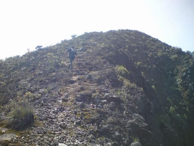 Puncak Pilar Gunung Sibayak