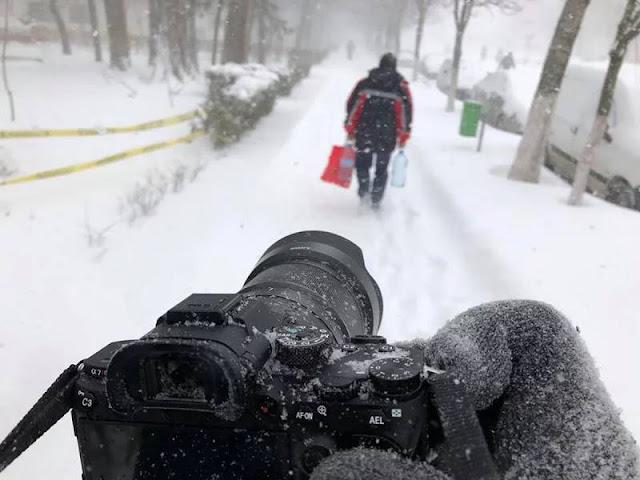 Máy chụp ảnh khả năng chống chụi thời tiết