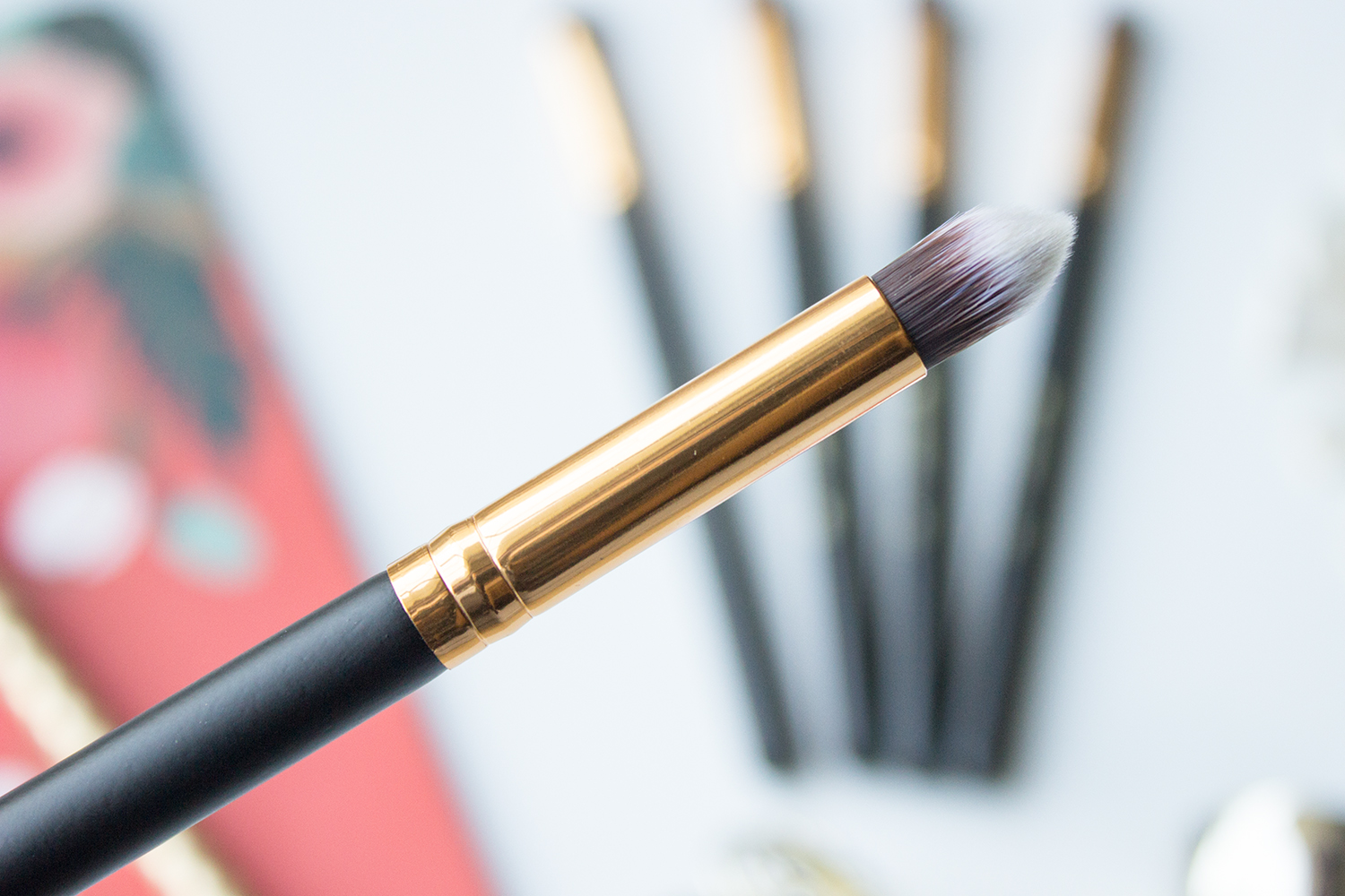 BH Cosmetics Sculpt & Blend Small Tapered Contouring Face Brush
