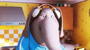 Meena, mina, éléphant chanteuse dans Tous en scène, de Garth Jennings et Christophe Lourdelet (Studios Illumination, 2016) meena éléphant sing