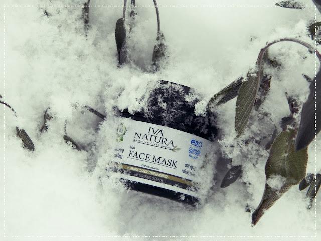 Czarna maska - Iva Natura