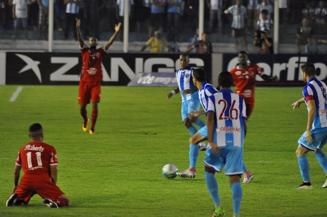 Paysandu cede empate e Dal Pozzo deixa o comando
