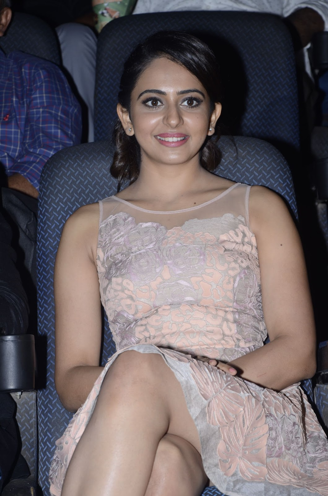 Rakul Preet Singh Hot Thigh Show Photos In Short Pink Dress At Event