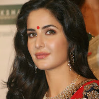 katrina kaif looking gorgeous in red saree