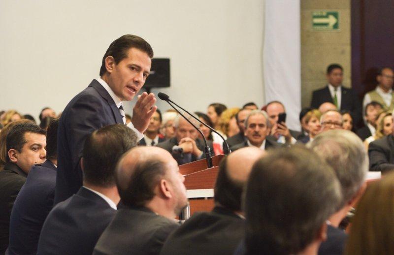 No dejamos un país en guerra ni en crisis, dice gobierno de EPN