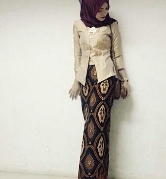 Model Baju Kebaya Kutu Baru Muslim Terbaru