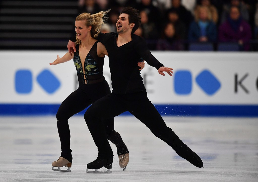 hubbell men Madison hubbell and zachary donohue are one of three top ice dance teams in meet madison hubbell and zachary donohue, olympic ice defender for men's.