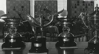 Los trofeos del I Torneo Internacional de Ajedrez Costa del Sol 1961