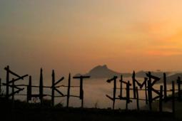 Wisata Bukit Jomblo Tulungagung Yang Indah