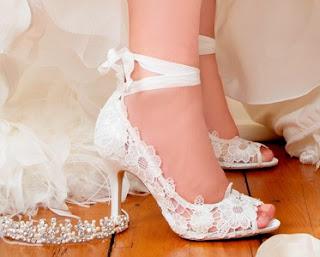 Harga Sepatu Sandal Yang Cocok Untuk Kebaya