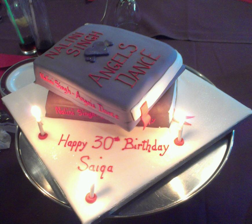 Nalini Singhs Weblog Awesome birthday cake