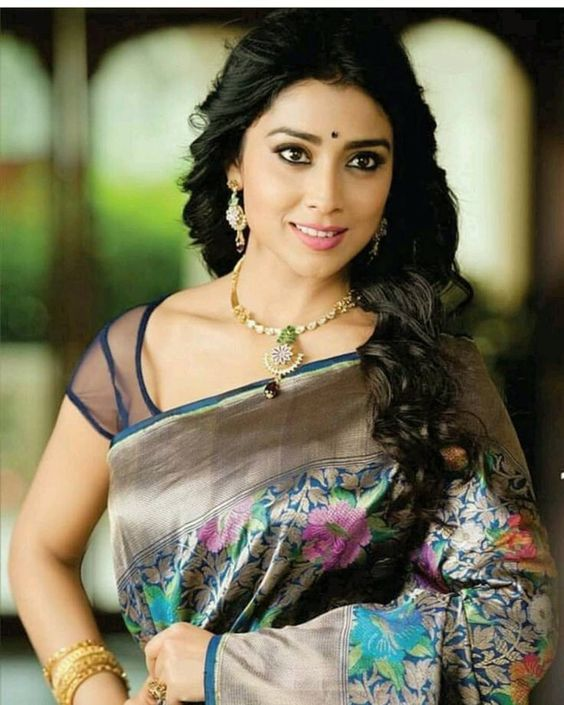 Actress ShriyaSaran Latest Images
