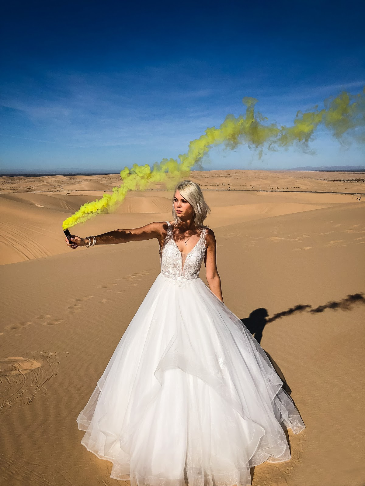 smoke bomb wedding photoshoot inspiration
