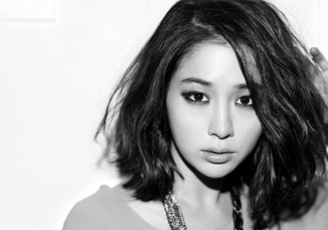 Model Rambut Sebahu Ala Lee Min Jung