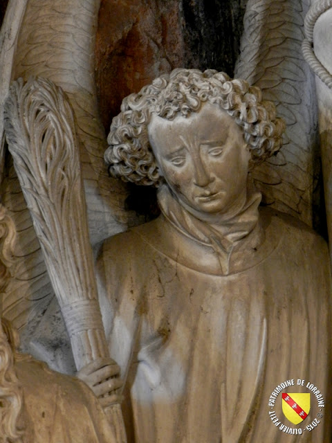 PONT-A-MOUSSON (54) - Sépulcre d'église Saint-Martin (XVe siècle)