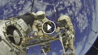 فيديو بث مباشر من الفضاء