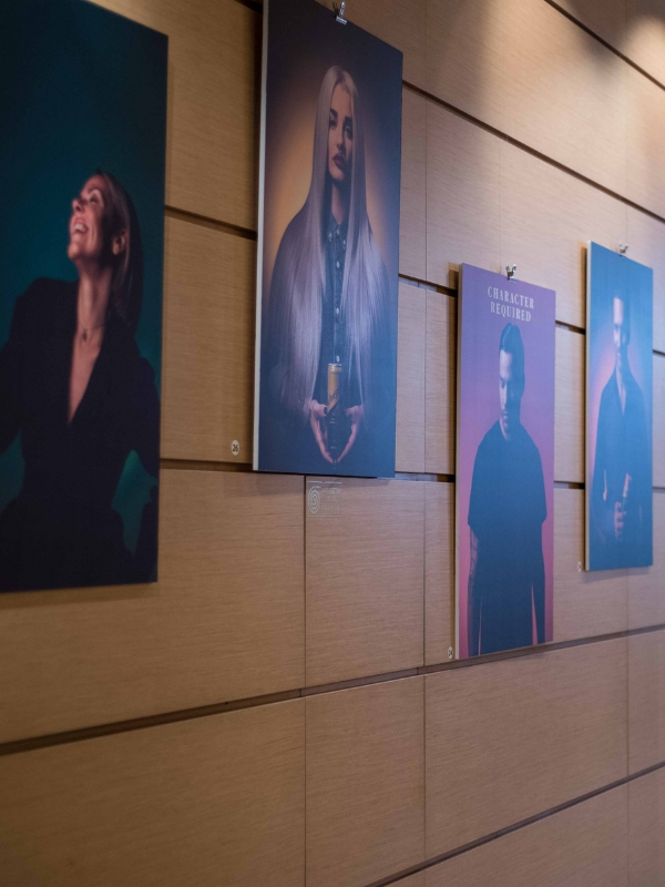 The Exhibition: Character Required Schweppes x DIDÉE - Δημιουργικότητα, εξέλιξη και υψηλή αισθητική συναντιούνται στα πρόσωπα 30 σημαντικών προσωπικοτήτων, που συνθέτουν τη σύγχρονη σκηνή της Αθήνας | Ioanna's Notebook