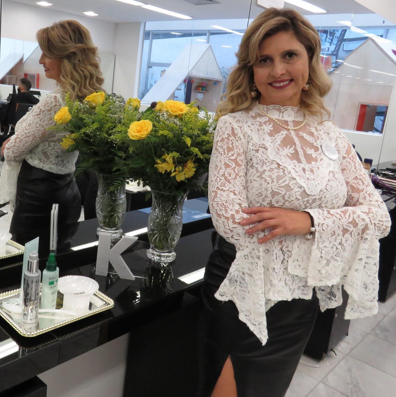 056fbf4ef A hair stylist Isabel Cristina é a nova parceira do Torriton Beauty   Hair.  Ela chega à unidade Presidente Taunay com expertise de mais de 30 anos