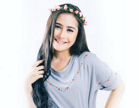 Prilly Lotuconsina