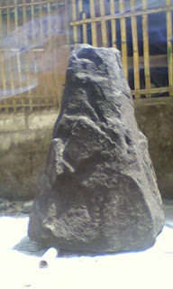 batu alam tiruan