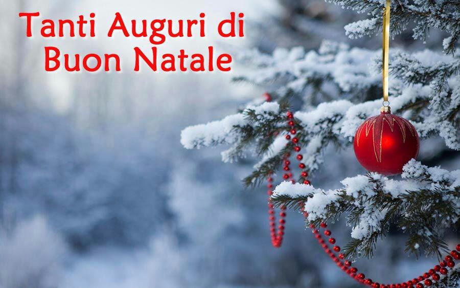 Tanti Cari Auguri Di Buon Natale.Buon Natale