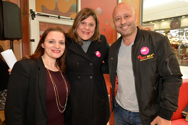 Mark Pilgrim with Natalie du Toit and CEO of Reach For A Dream, Julia Sotirianakos