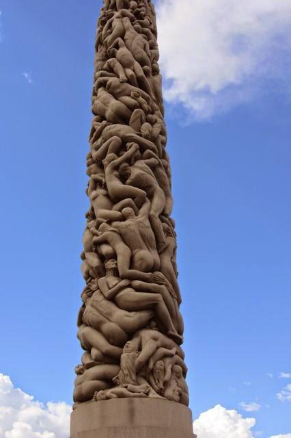 Noorwegen obelisk in Vigelandpark in Oslo
