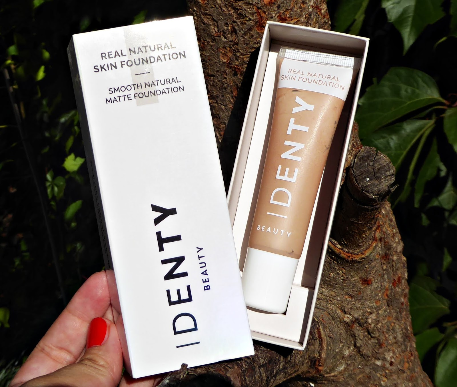 Real Natural Skin Foundation de Identy Beauty, un maquillaje vegano de larga duración