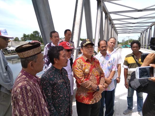 Bupati Ogan Ilir Tinjau Pembangunan Jembatan KTM Rambutan Parit