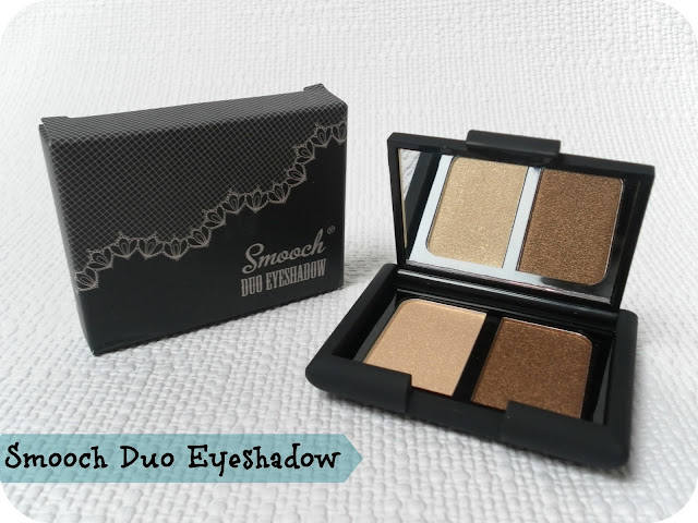 A picture of Smooch Gold Rush Eyeshadow Duo
