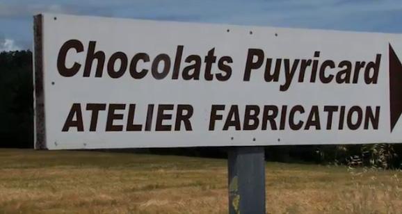 http://parlons-francais.tv5monde.com/webdocumentaires-pour-apprendre-le-francais/Ateliers-de-francais/Niveau-moyen/p-551-lg0-A-la-chocolaterie.htm