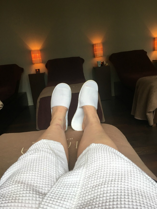 me-at-the-spa-in-white-slippers-and-gown-relaxing-at-park-plaza