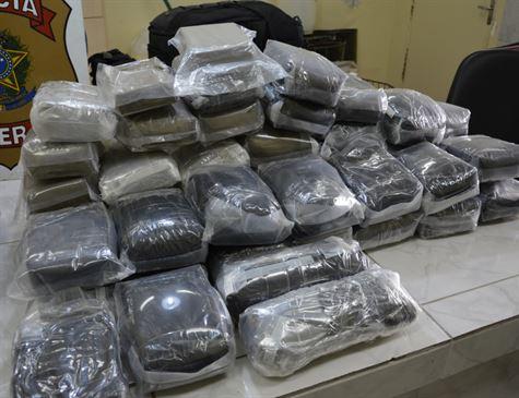 Paranaenses são presos no Aeroporto com 70 kg de haxixe