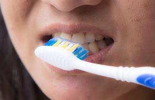 Waspadai! Jika Langsung Sikat Gigi Sesudah Makan Bahaya Untuk Kesehatan Mulut Lho, Ini Penjelasannya