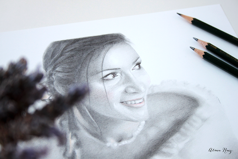Retrato femenino dibujado a lápiz de grafito