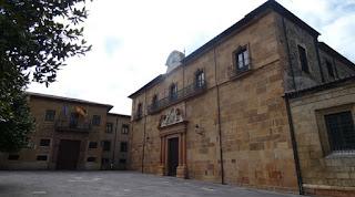 Plaza Corrada del Obispo, Oviedo.
