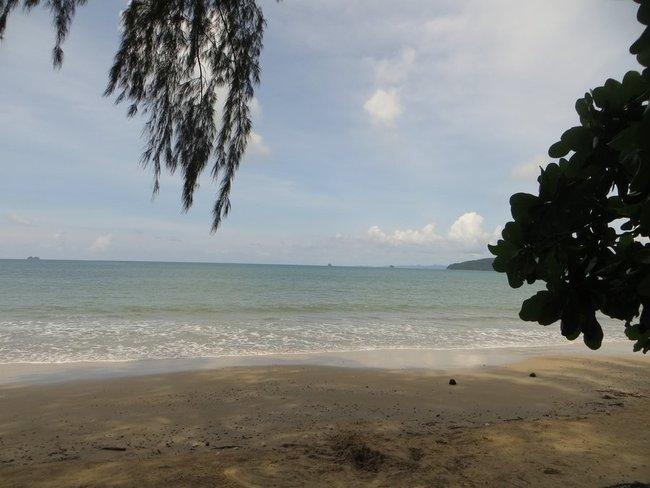 Берег моря аонанг Краби