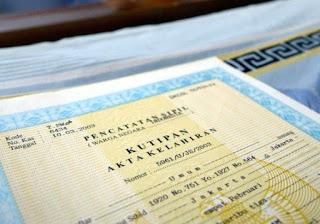 Kini Mengurus E-KTP dan Akta Kelahiran Cukup Fotokopi Kartu Keluarga
