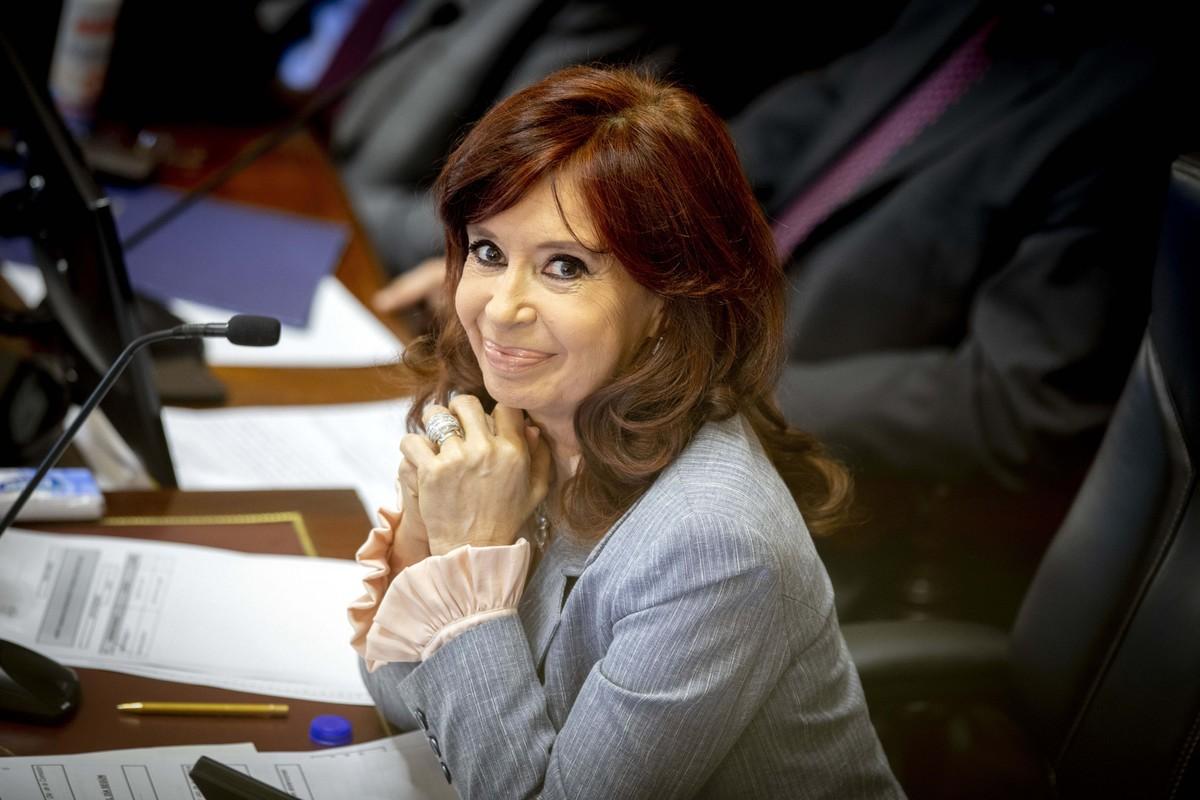 Cristina Kirchner en la sesión de la reforma judicial title=