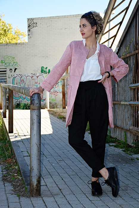 Outfit-chaqueta-ante-rosa-3