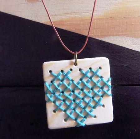 Bikin Sendiri Gandul Kalung dari kayu dengan Formasi Tali Sesuai Selera – DIY Stitch Wood Necklace